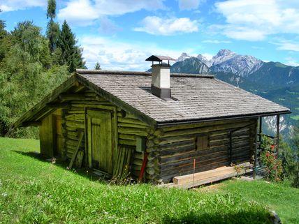 Primiero baita in vendita for Case di legno rustico